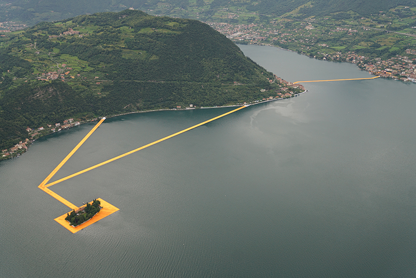 christo-and-jeanne-claude-floating-piers-lake-iseo-italy-designboom-010 Plutajuće platforme na jezeru Iseo